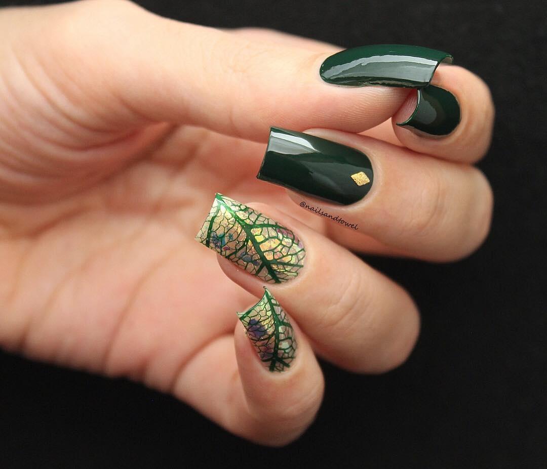 35+ Leaf Nails Art Ideas for your Fall; leaf nails; cute leaf nails; leaf coffin nails; easy leaf nails; leaf nails designs Fall nails ideas;