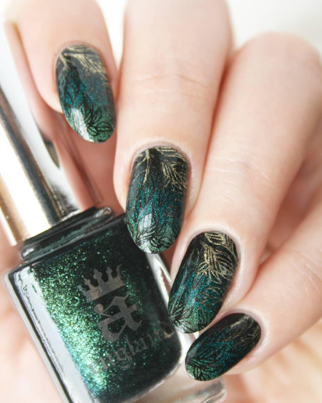 35 Leaf Nails Art Ideas For Your Fall Ostty