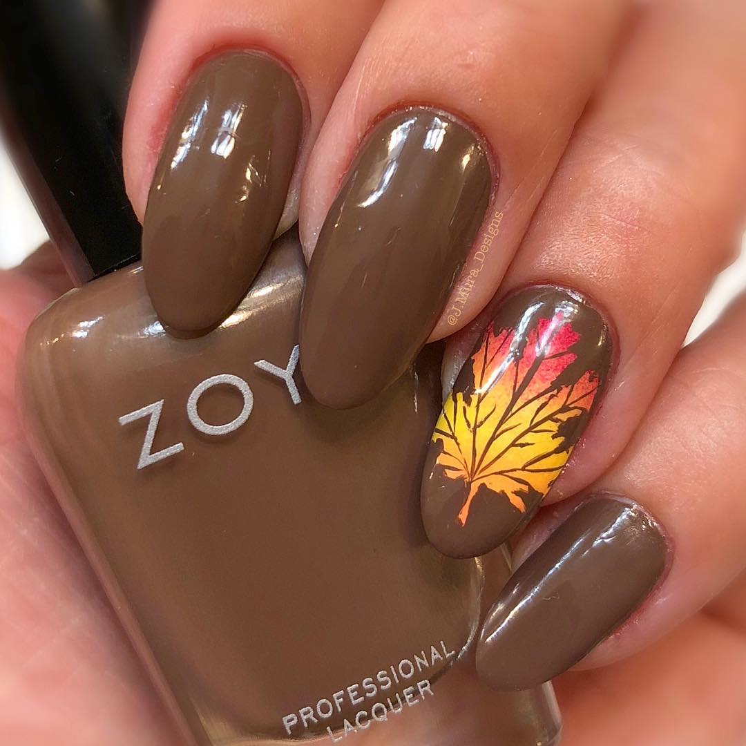 35+ Leaf Nails Art Ideas for your Fall \u2013 OSTTY
