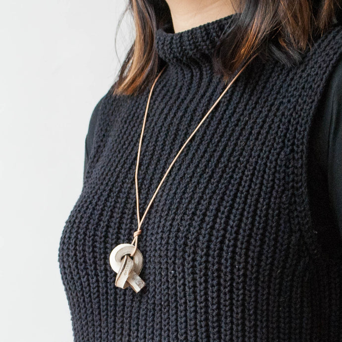 Mini Union Knot Necklace - Marble