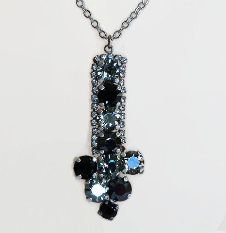 Sparkling Swarovski crystal arrow pendant necklace black diamond/hematite-Cubrik Store