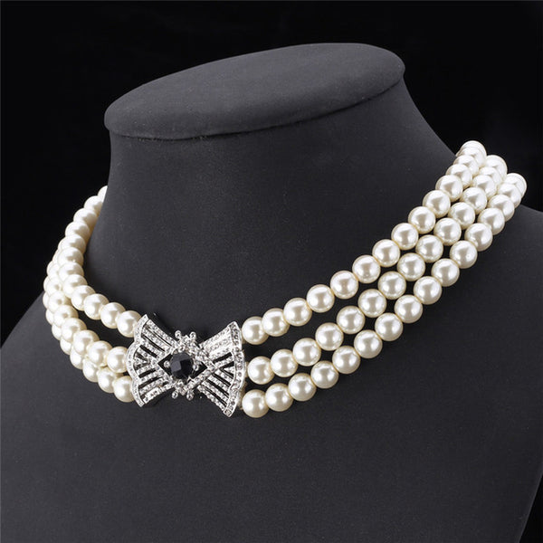 Fame White Rhinestone Cute Bowknot Necklace