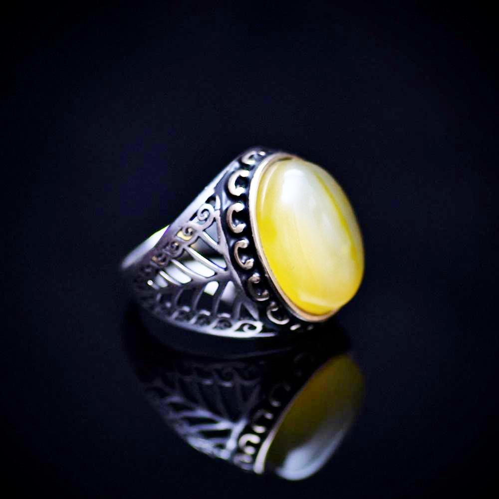 925 Sterling Silver Men's Ring With Yellow Agate Stone Left