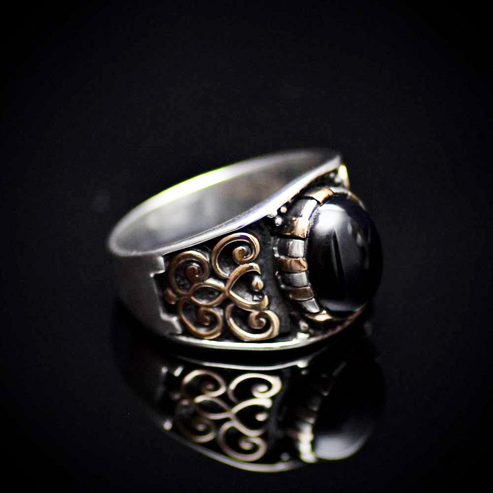 Affordable 925 Sterling Silver Ring With Motifs And Black Onyx Stone Left