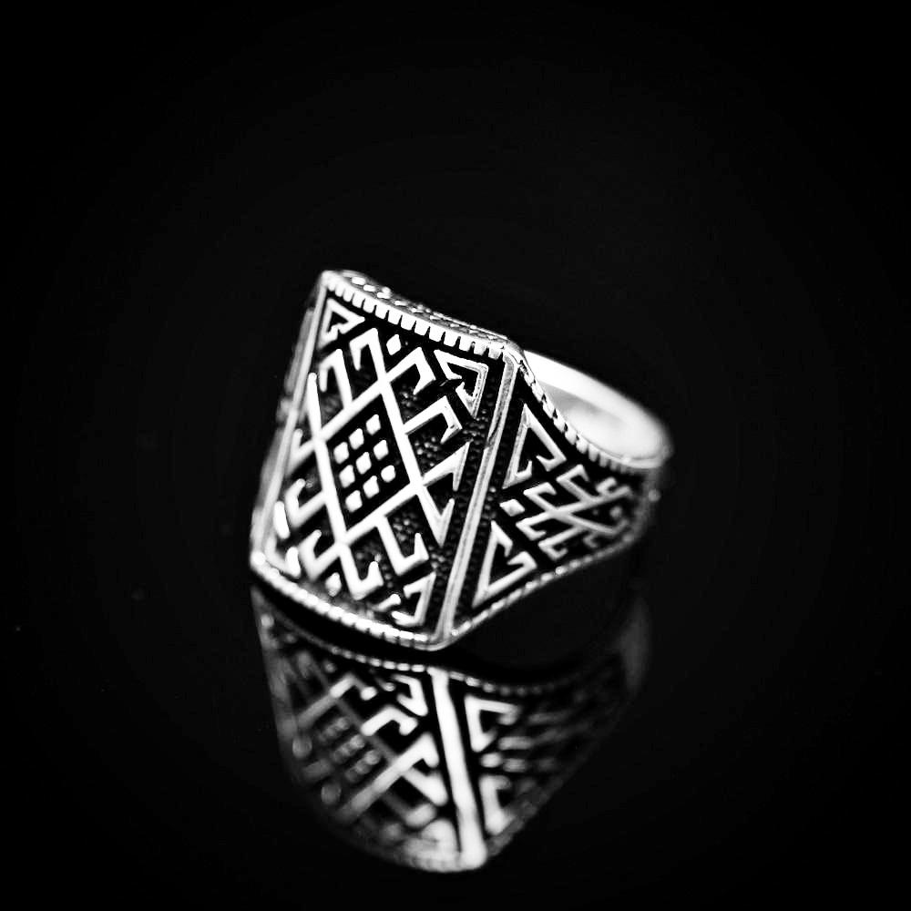 Anatolian Kilim Patterned Silver Ring Right