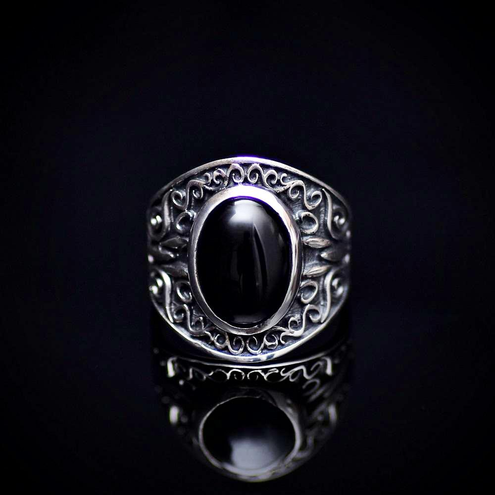 Artisanal 925 Sterling Silver Ring With Black Agate Stone Front