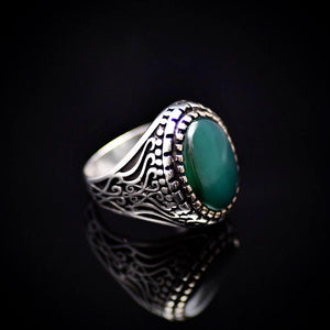 Artisanal Silver Ring Adorned With Green Agate Stone Left