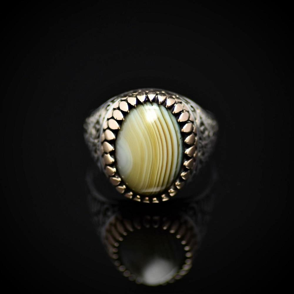 Artisanal Silver Ring Adorned With Green Striped Agate Stone Front