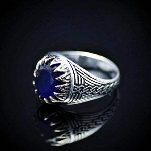 Chain Engraved Silver Ring Adorned With Lab Created Sapphire Right