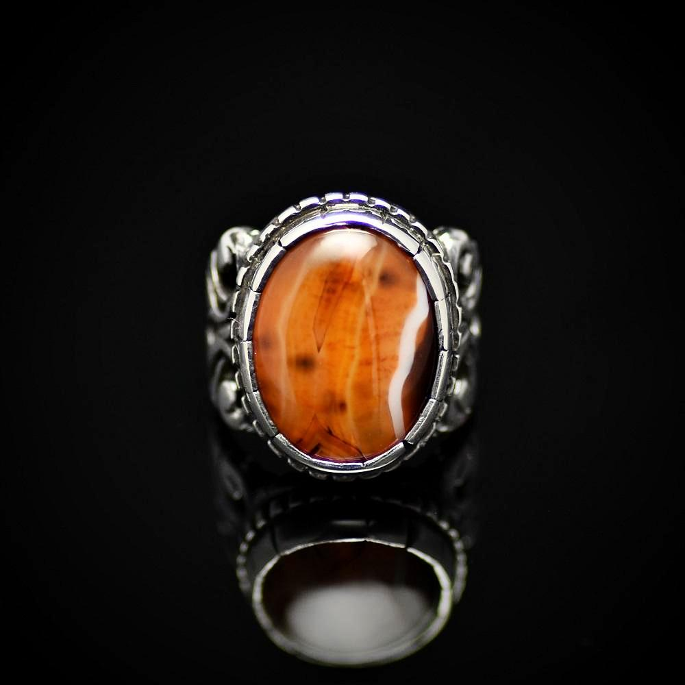 Chunky Silver Ring Adorned With A Beautiful Agate Stone