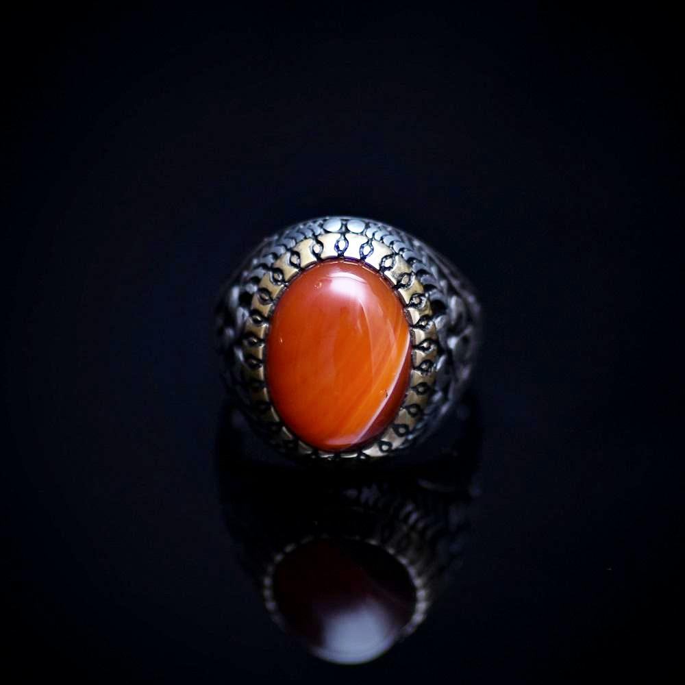 Eye Catching Silver Ring With Engraved Flower Motifs And Striped Agate Front