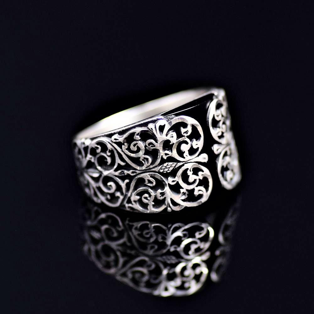 Finely Detailed Handmade Silver Ring Adorned With Black Onyx Stone Left