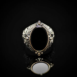 Finely Engraved Silver Ring With Black Onyx Stone Front