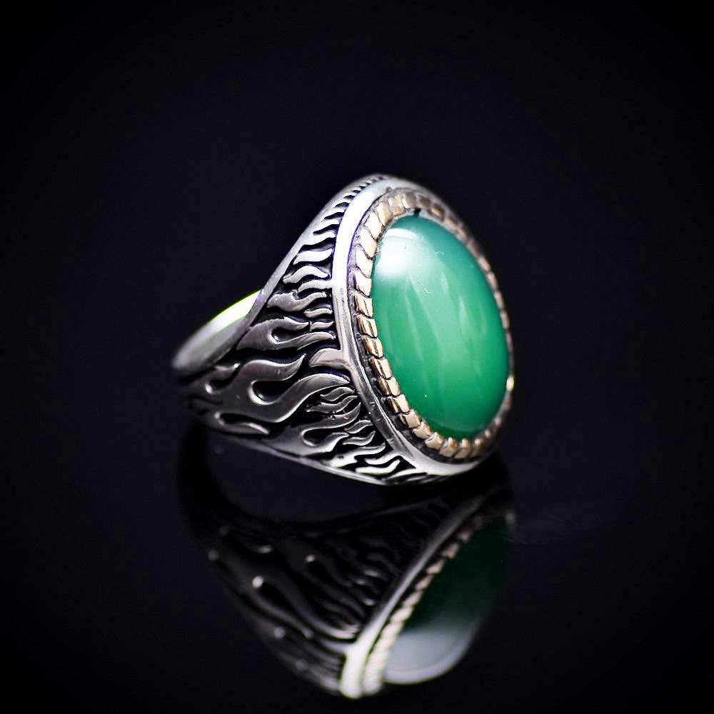 Flame Motifs Engraved Silver Ring With Green Agate Stone Left