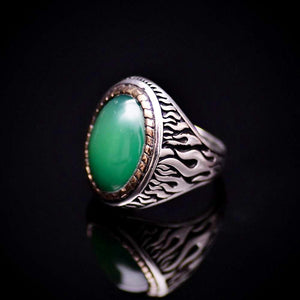 Flame Motifs Engraved Silver Ring With Green Agate Stone Right