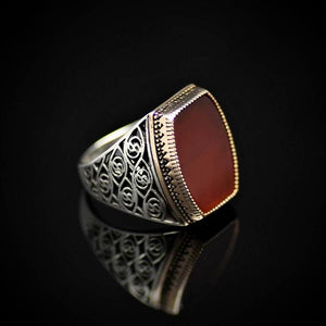 Glamorous 925 Sterling Silver Ring Embellished With Red Agate Stone Left