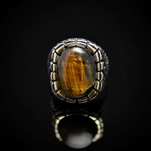 Gorgeous Silver Ring Embellished With A Big Tiger Eye Stone Front