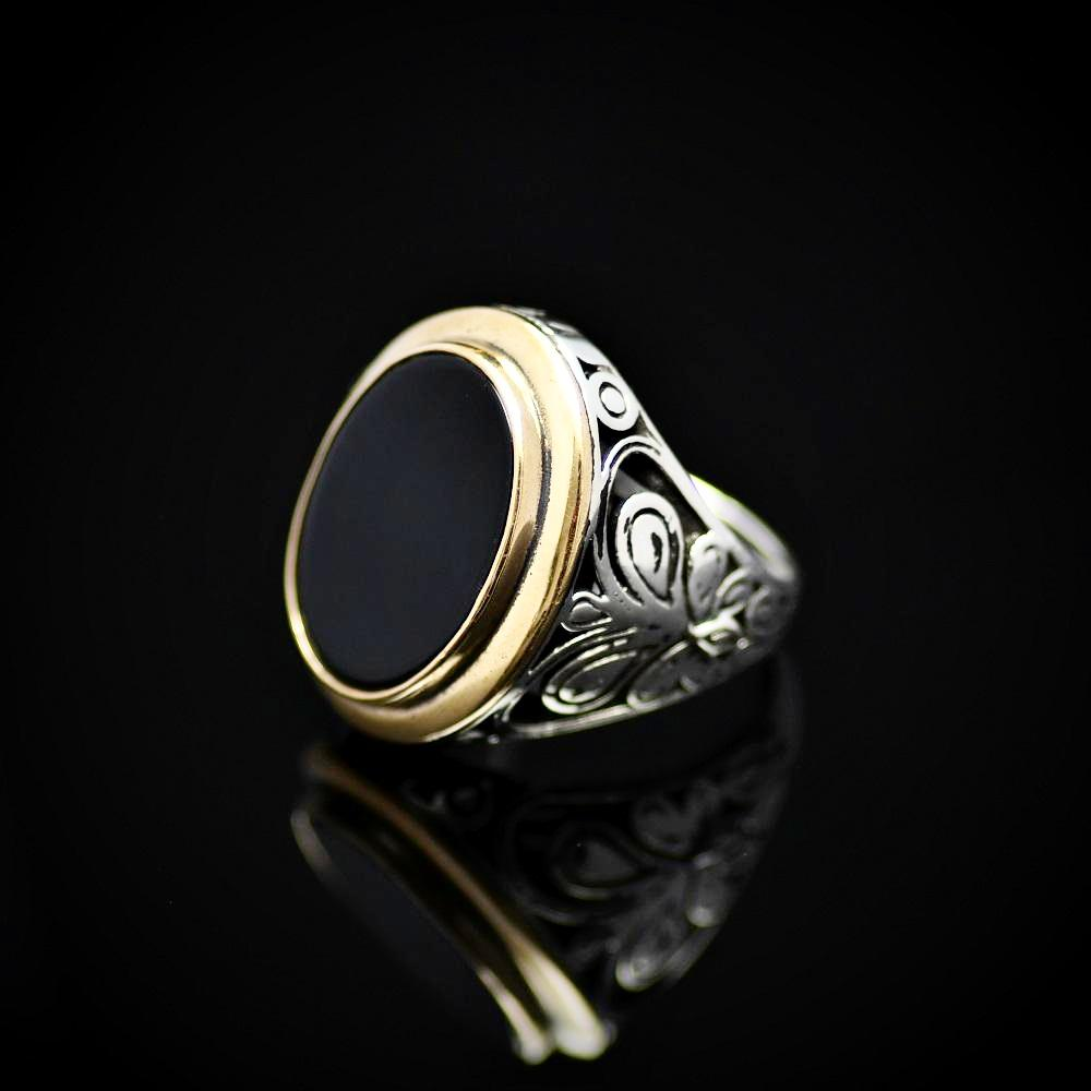 Gracious Sterling Silver Ring Adorned With Black Onyx Stone Right