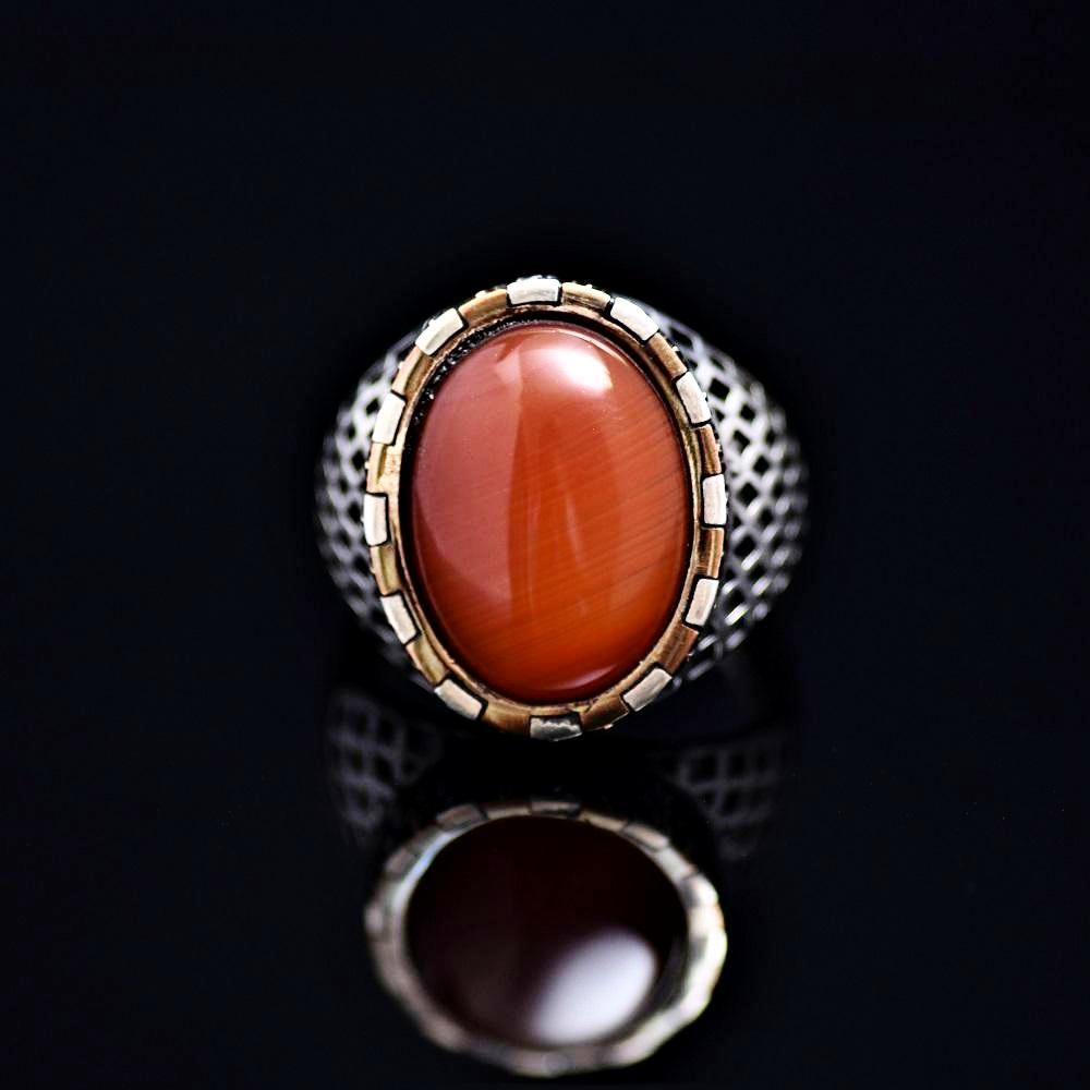 Hand Carved Silver Ring Adorned With Agate Stone Front