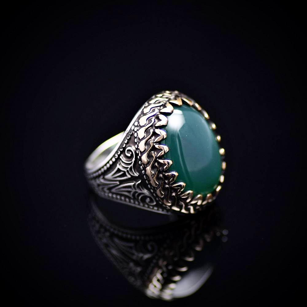 Handmade Silver Ring Embellished With Green Agate Stone Left