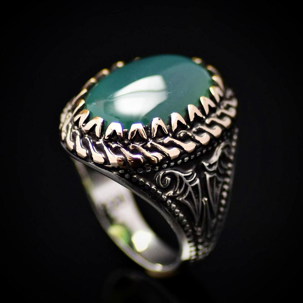 Handmade Silver Ring Embellished With Green Agate Stone