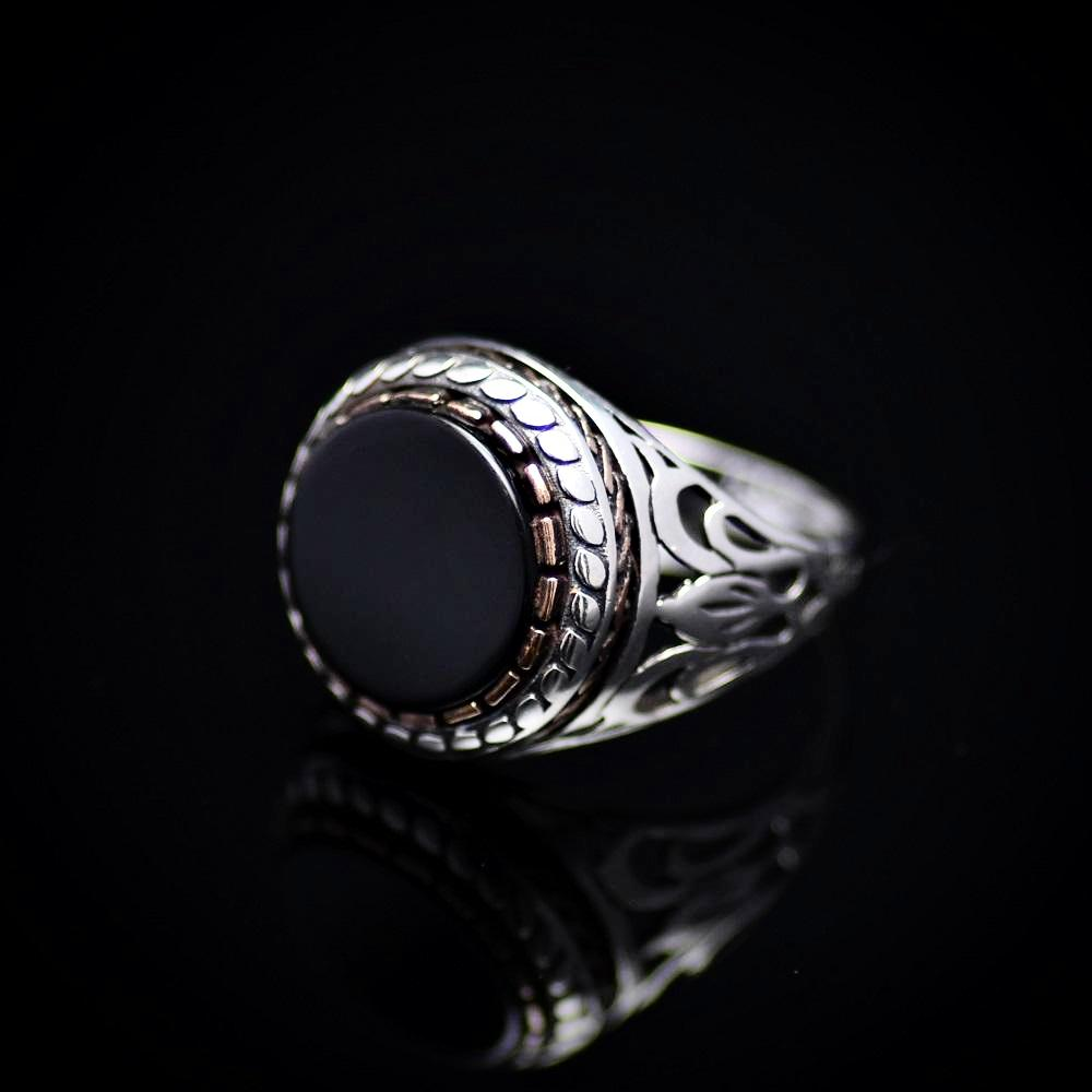 Plain And Beautiful Men's Silver Ring With Black Onyx Stone Right