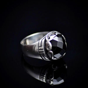 Shining Rhodium Plated Silver Ring Encrusted With Onyx Stone Left