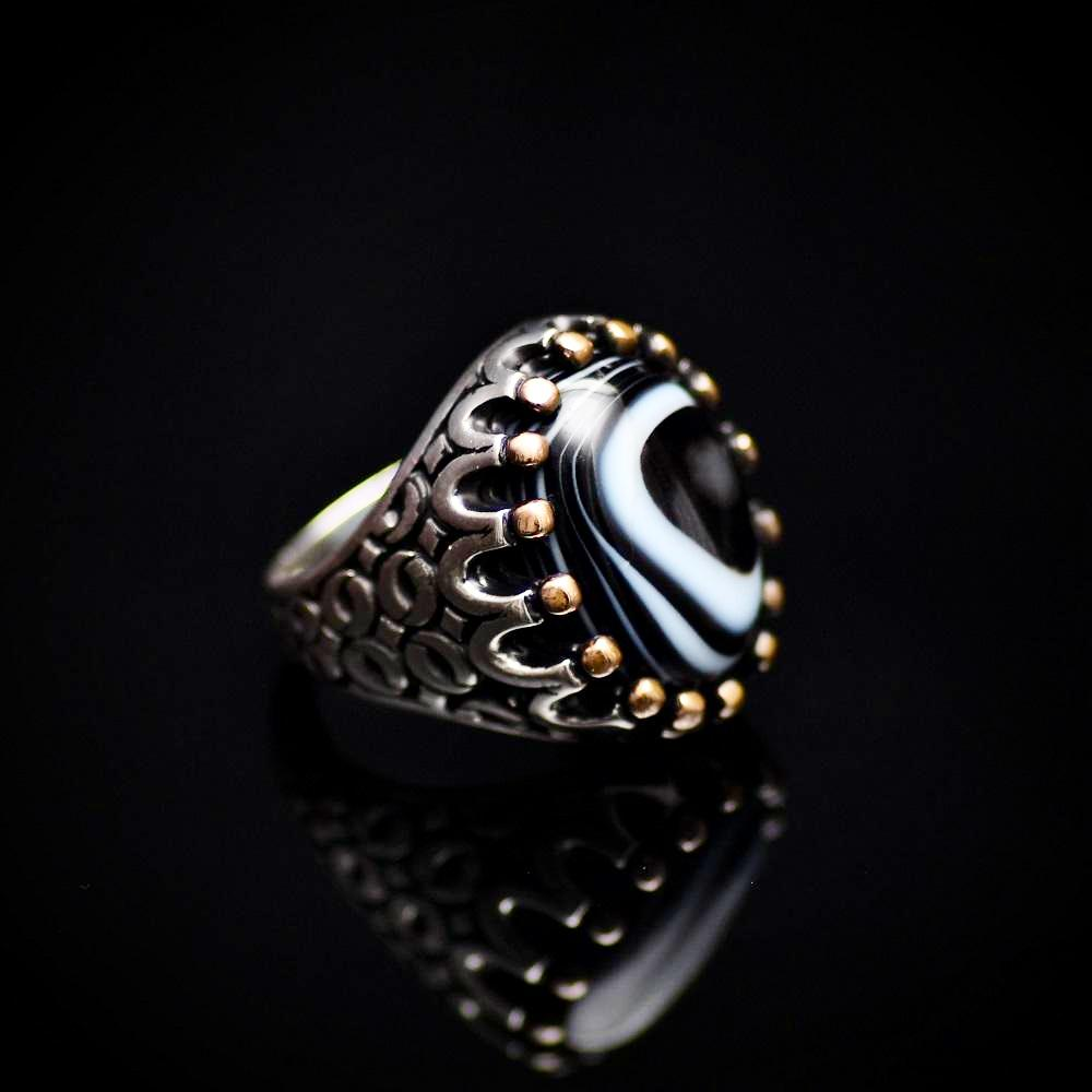 Silver Crown Ring Adorned With Natural Banded Agate Stone Left