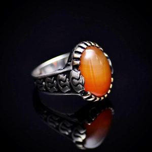 Silver Ring For Men With Honey Agate And Carved Tulip Details Left
