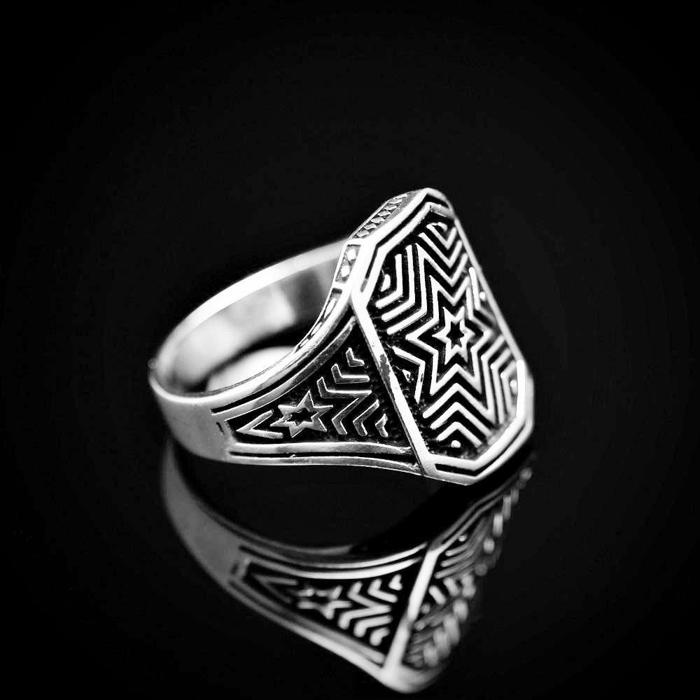Six Point Star Engraved Silver Ring Left