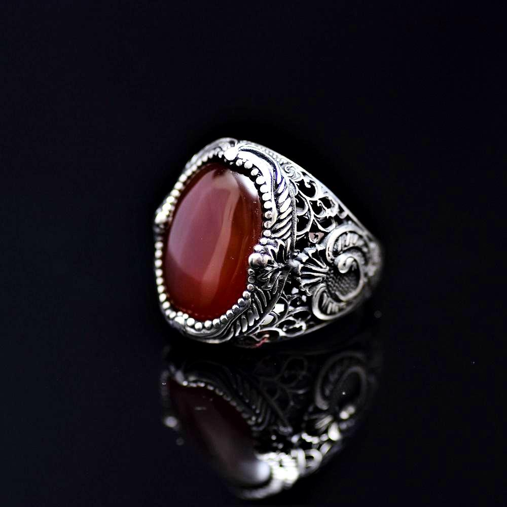 Spectacular Silver Ring Adorned With Waw Letter And Agate Stone Right