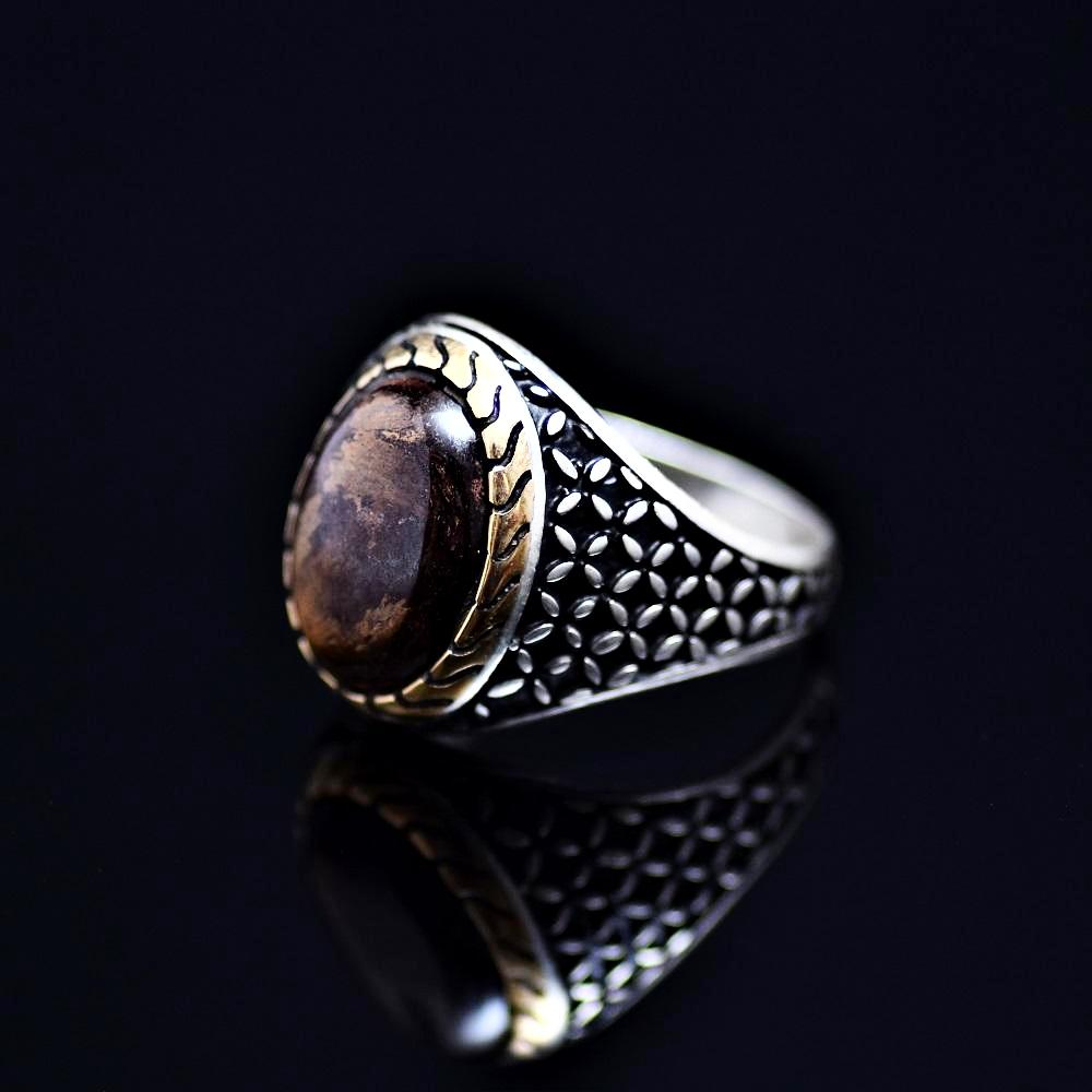Stunning 925 Sterling Silver Ring Adorned With Bronzite Stone Right