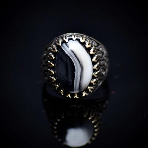 Stunning Handmade Silver Ring With Black And White Banded Agate Front