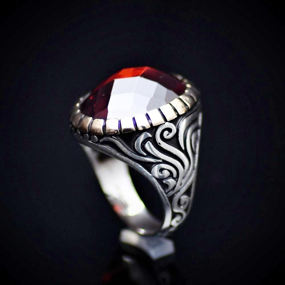 Stunning Silver Ring With A Big Facet Cut Garnet Stone