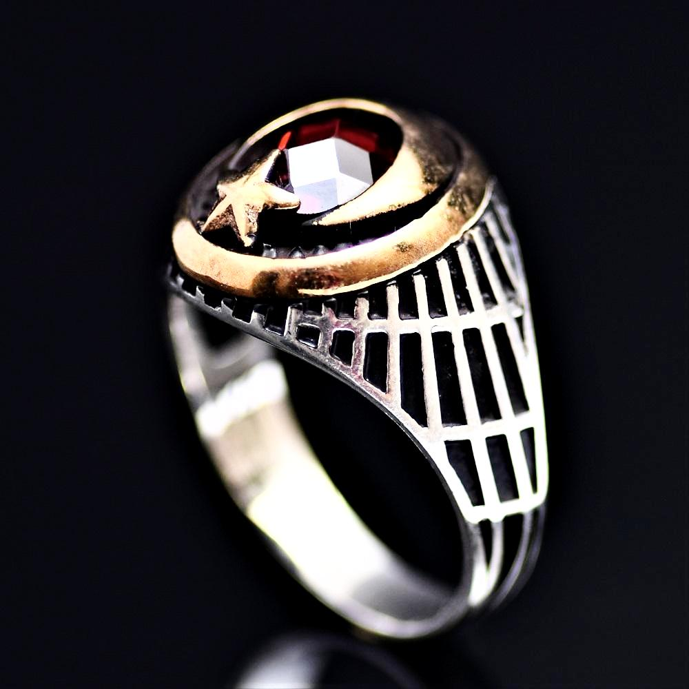 The Star And Crescent Silver Ring Adorned With Garnet Stone