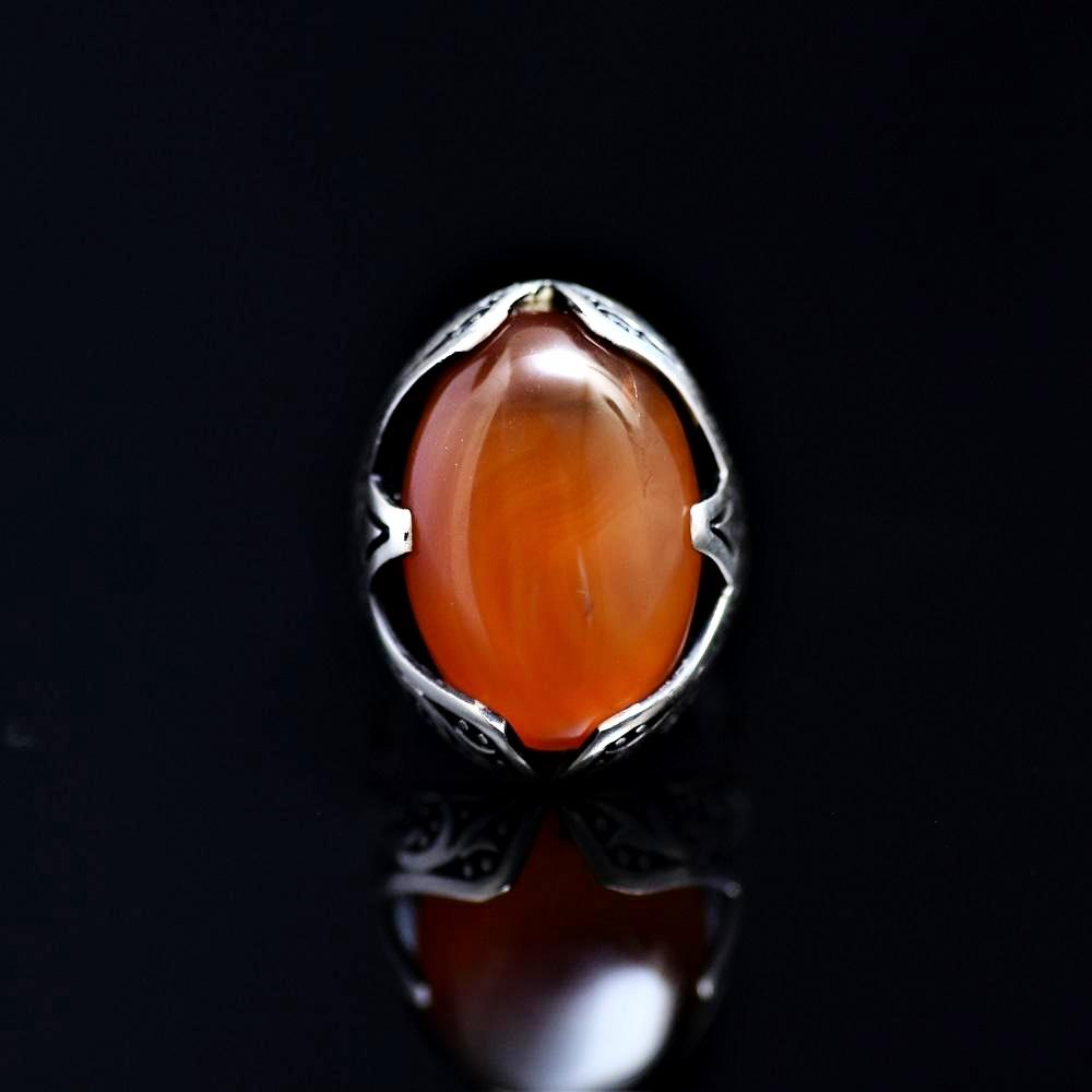 Tribal Motifs Engraved Silver Ring Adorned With A Big Agate Stone Front