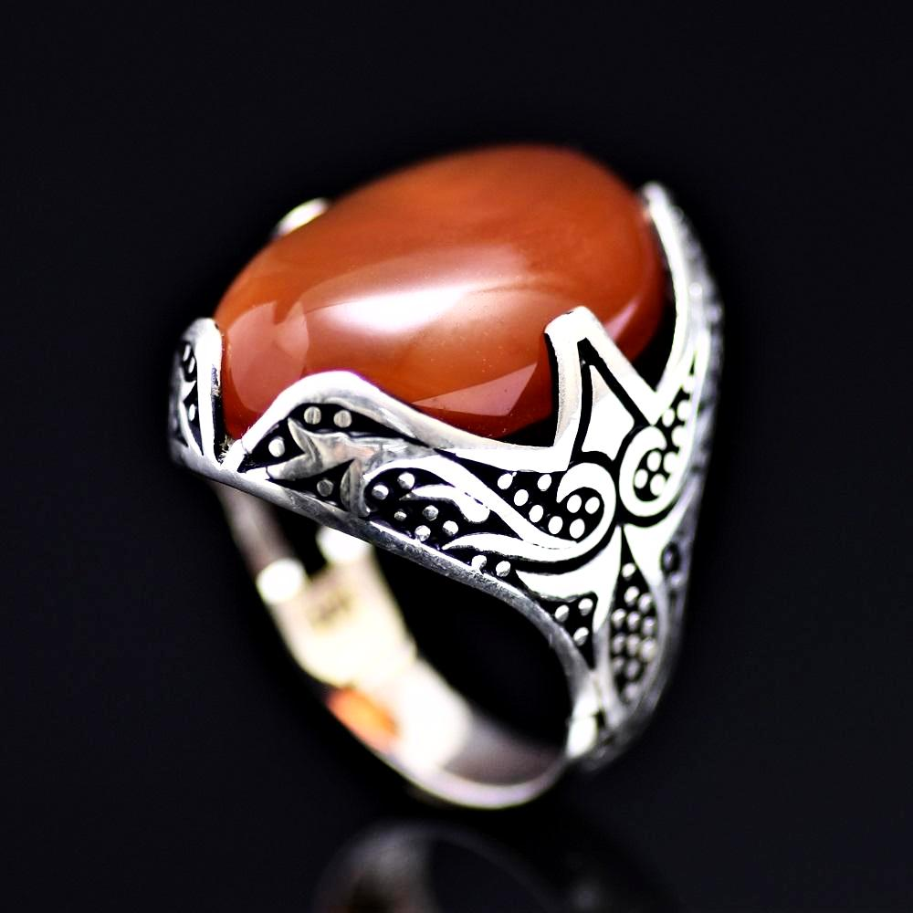 Tribal Motifs Engraved Silver Ring Adorned With A Big Agate Stone