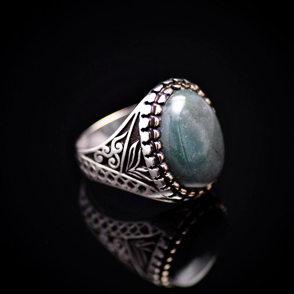 Turkish Ottoman Design Silver Ring Adorned With Green Agate Stone Left