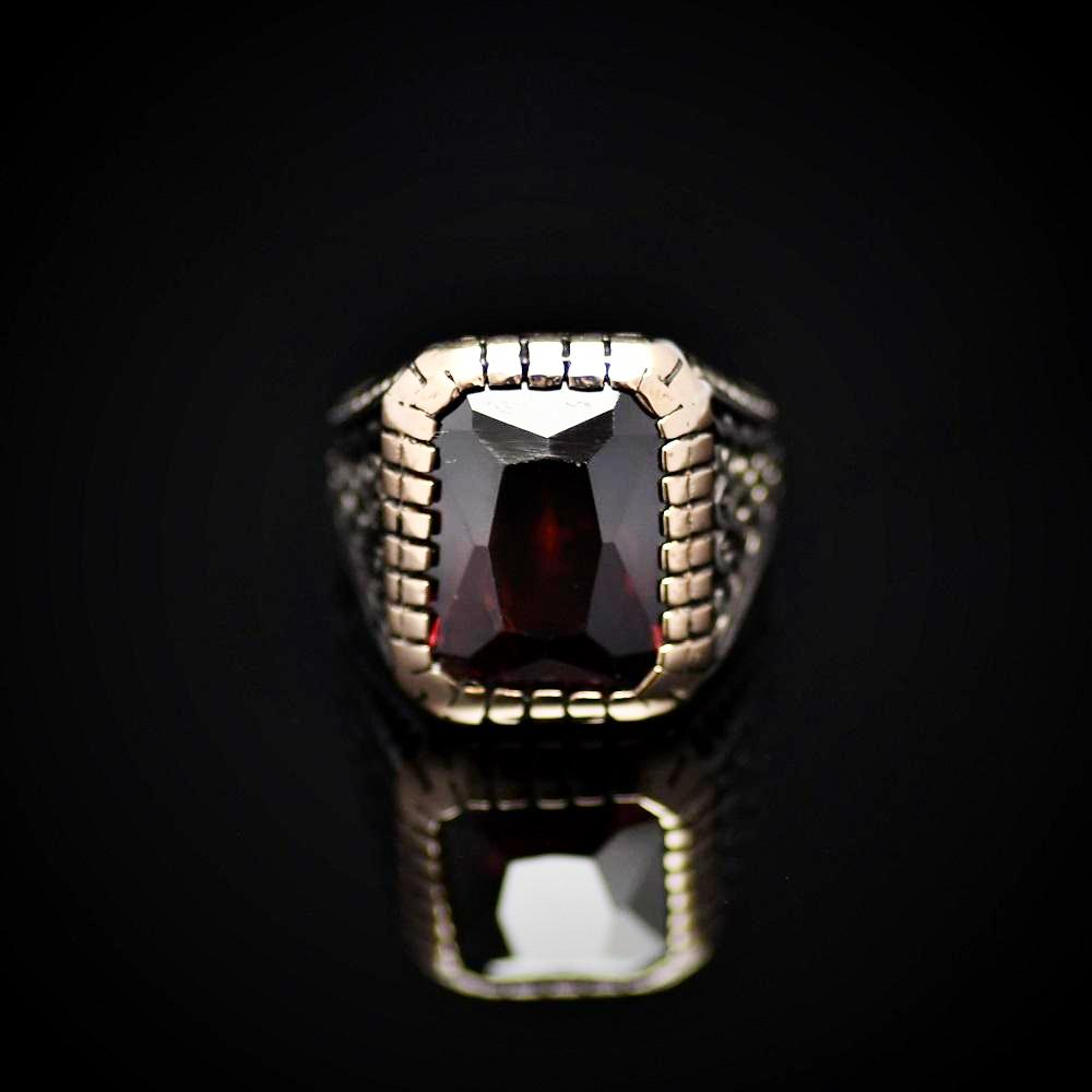Turkish Silver Ring Adorned With Zircon Stone Front