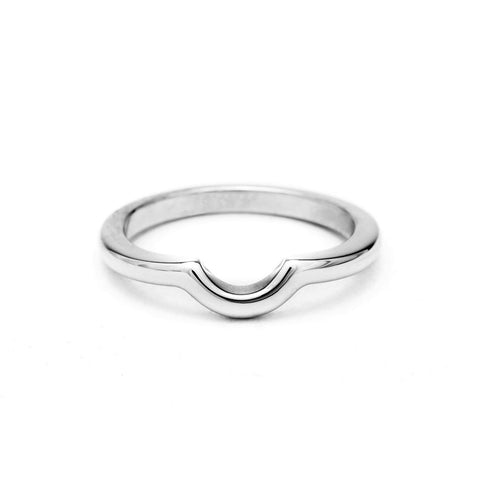 SIMPLE ARC CONTOUR BAND | WHITE GOLD - AngelaMonacojewelry