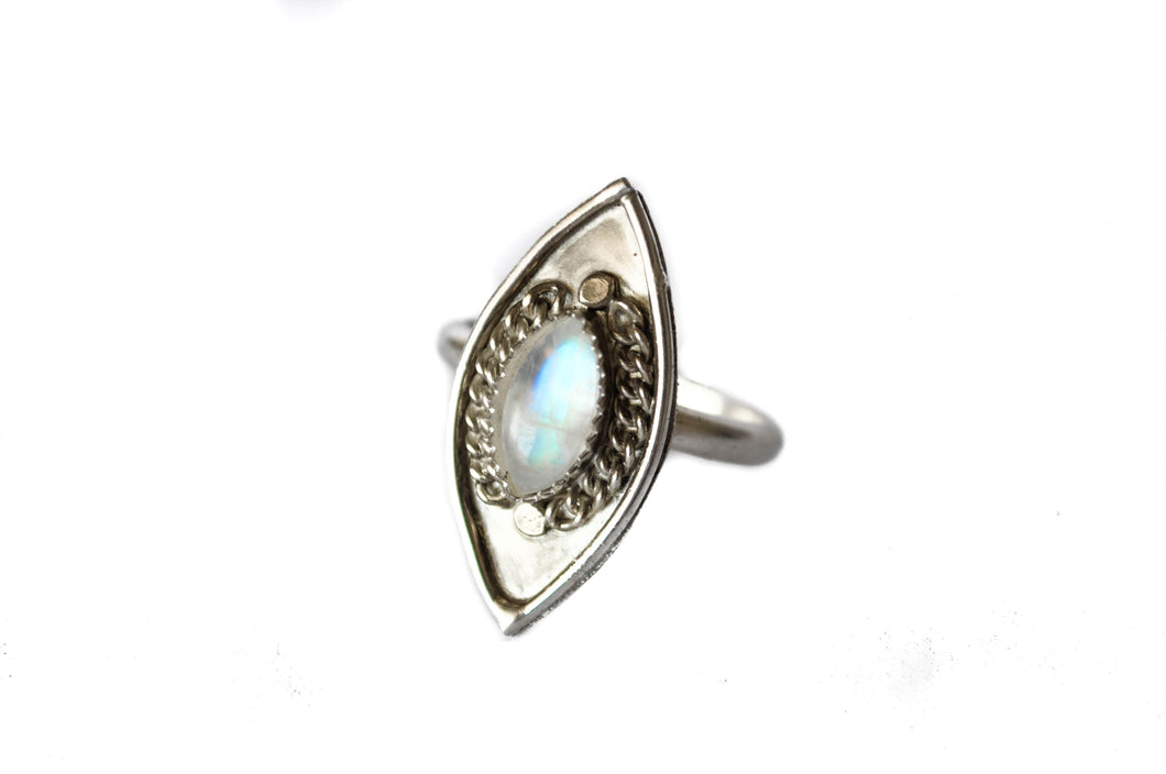 Valiant ring- Moonstone