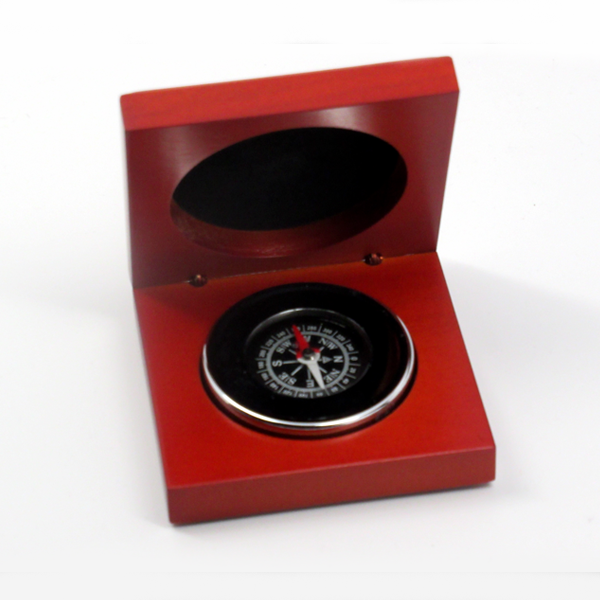CROZ VIP Compass in Wood Box