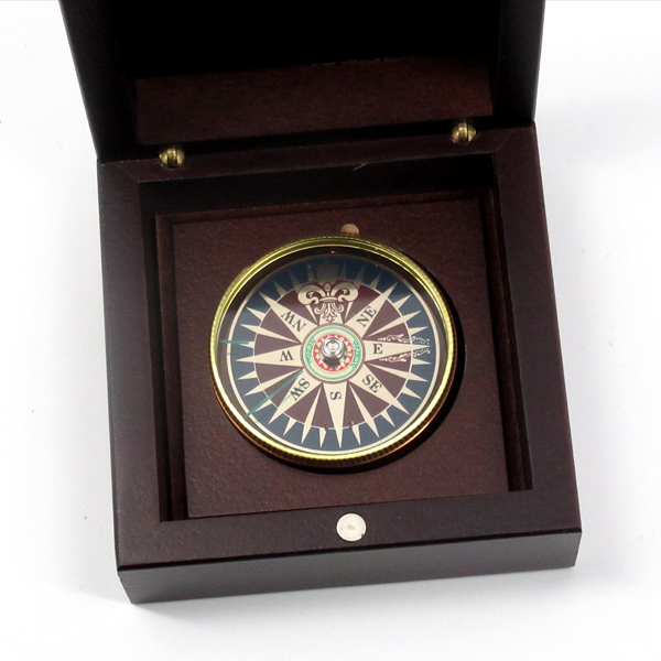 CROZ Compass in Wood Box