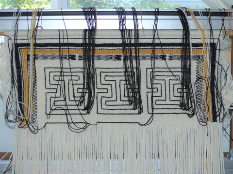 tapestry weaving on loom