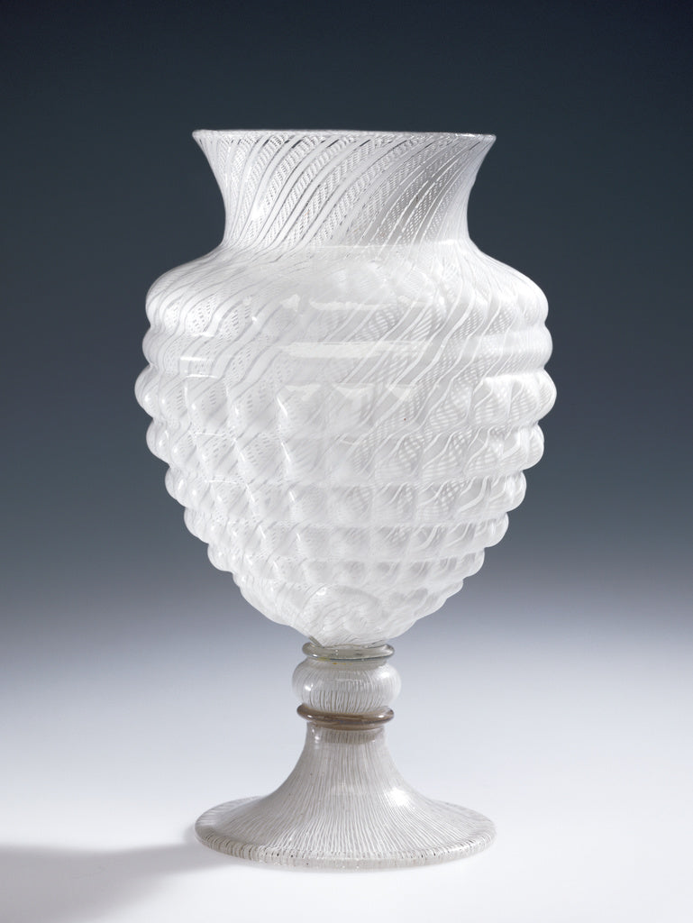 Unknown:Filigrana Umbo Vase,16x12