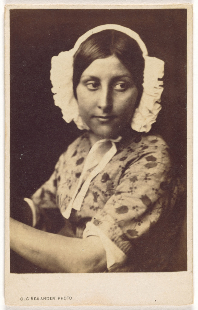 Oscar Gustave Rejlander:[Young Woman in a White Cap],16x12