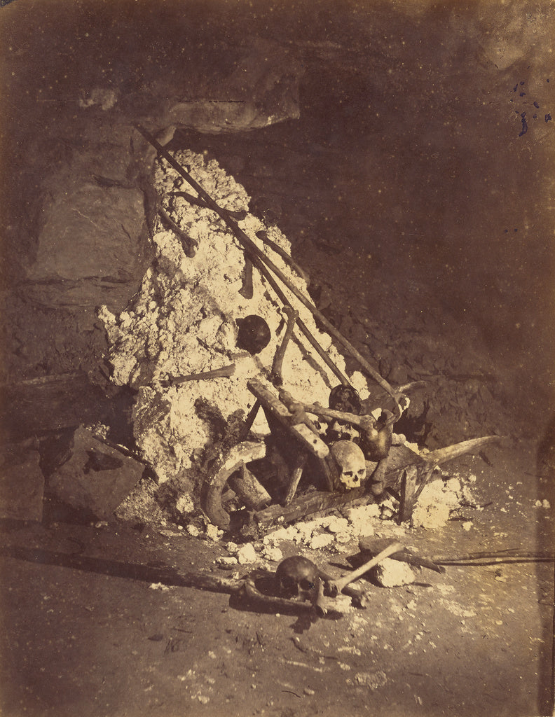 Nadar [Gaspard Félix Tournachon]:[The Catacombs of Paris. T,16x12