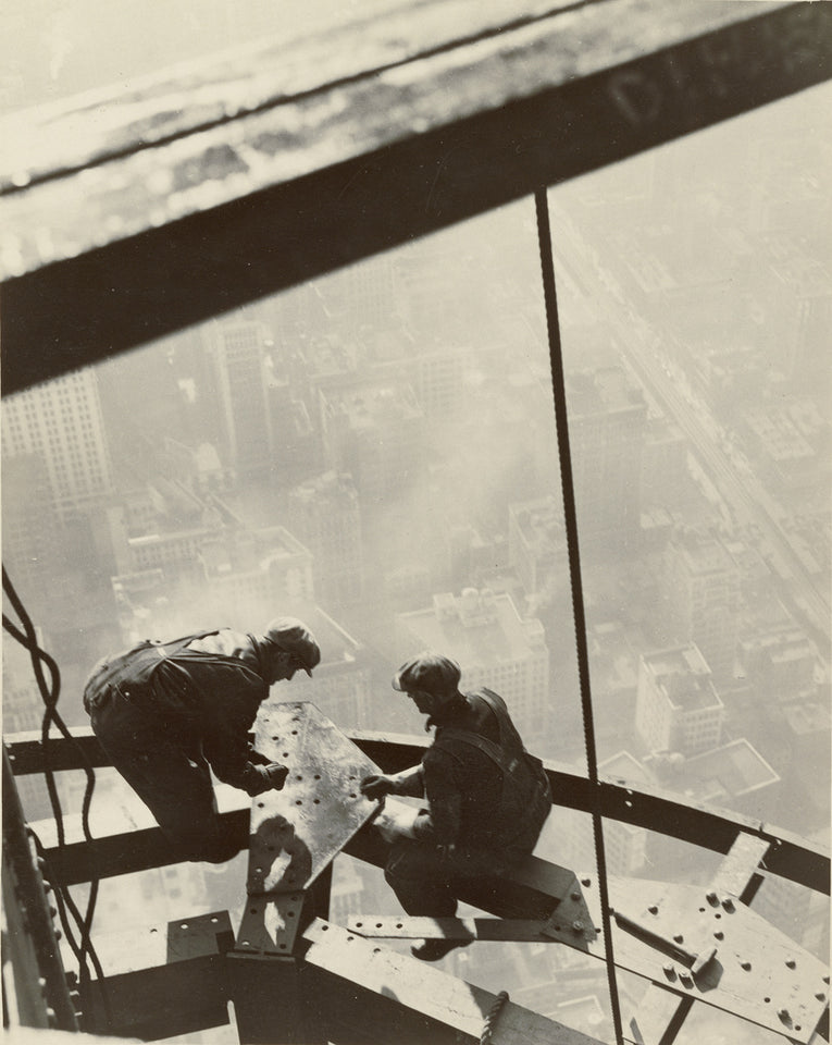 "Lewis W. Hine:Empire State Building, New York,16x12""(A3)Poster"