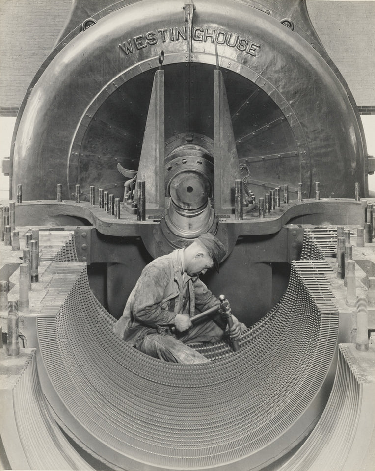 "Lewis W. Hine:Heart of the Turbine,16x12""(A3)Poster"