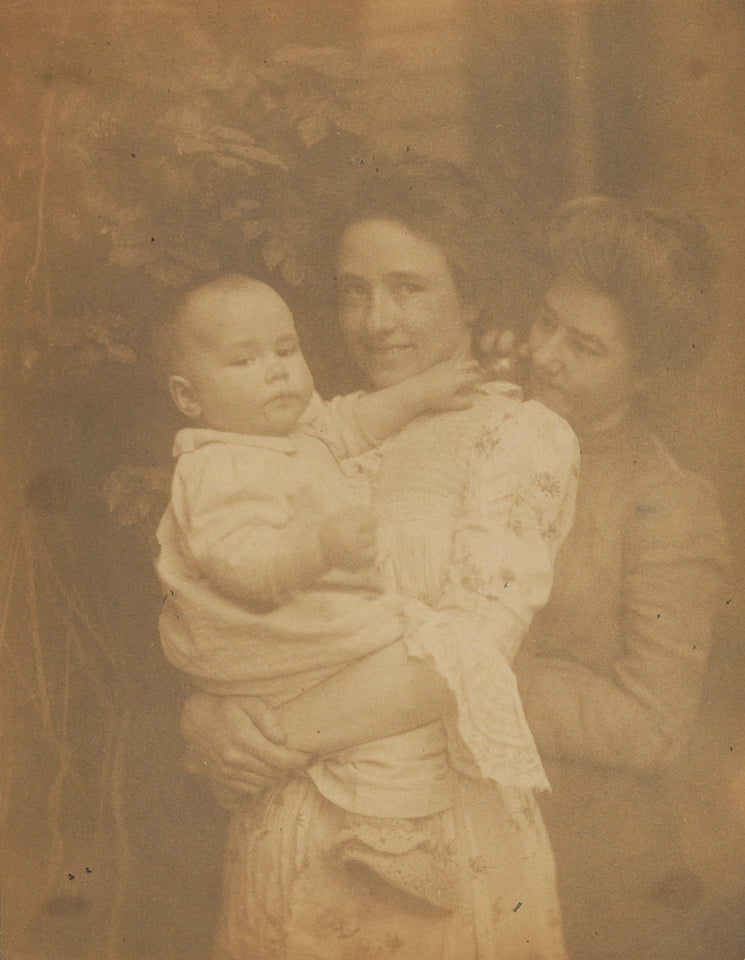 "Gertrude Käsebier:[Gertrude O'Malley holding Charles, flank,16x12""(A3)Poster"